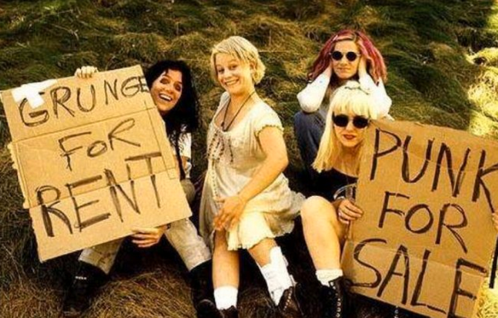 L7 announce reunion: Seminal grunge band to play first shows in 15 years